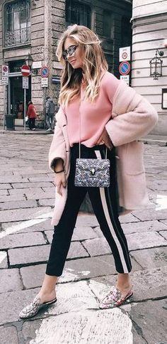 84 Best TRACK PANTS OUTFIT images | Pants outfit, Fashion, Outfi