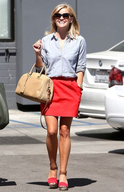 22 Excellent Outfits With Red Skirts - Styleohol