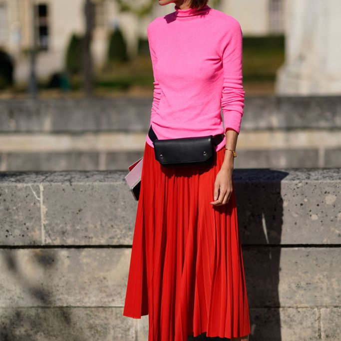 Street Style Guide to How to Wear a Pleated Ski