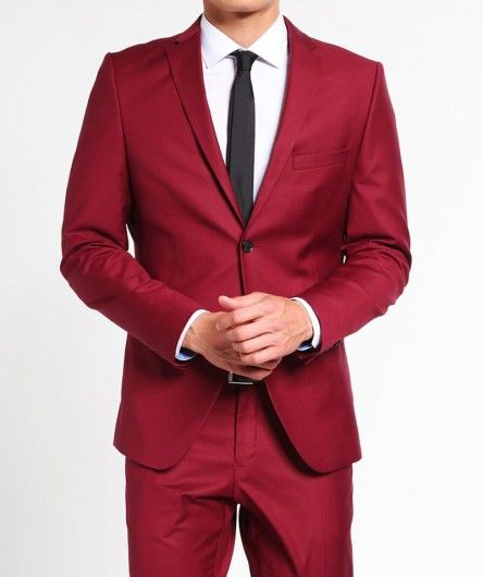 Slim Fit Mens Red Suit | avail this Red Slim Fit Suit at finest .
