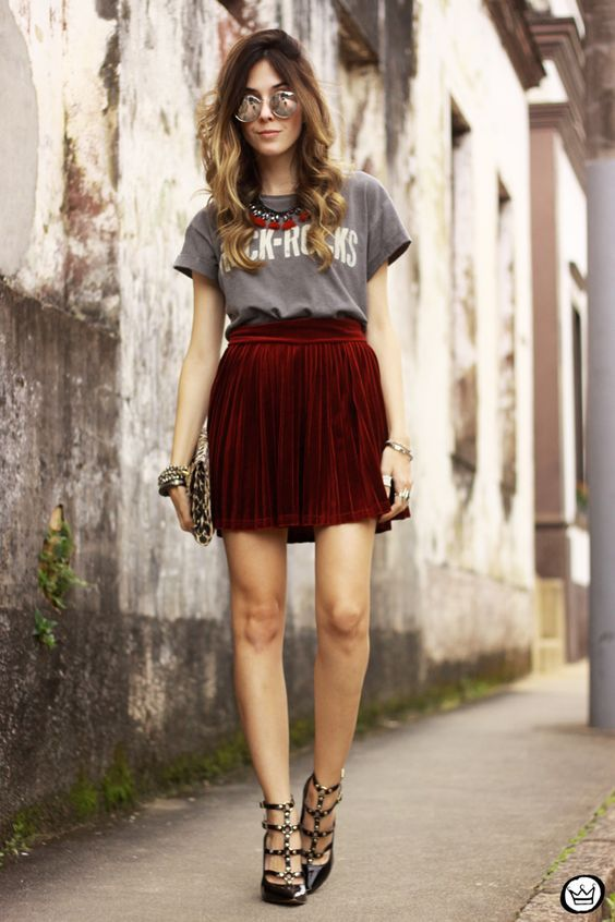 5 Stylish Velvet Outfit Ideas | Velvet skirt, Rocker outfit, Fashi