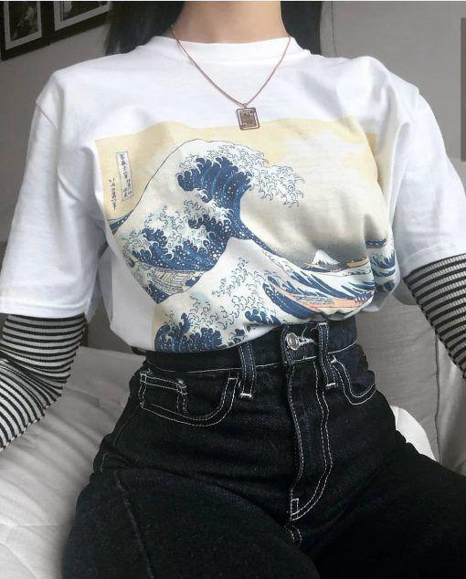 Great Wave Off Kanagawa Tsunami Japaneses Art Painting T-shirt in .