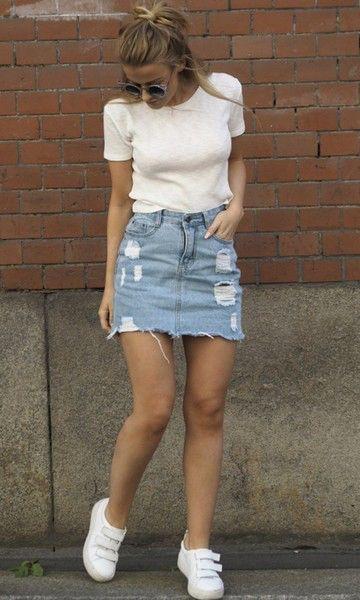 White tee and a denim skirt | Denim skirt fashion, Skirt fashi
