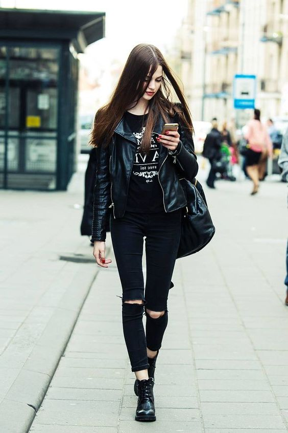 What To Wear With Black Ripped Jeans 2020 - OnlyWardrobe.c