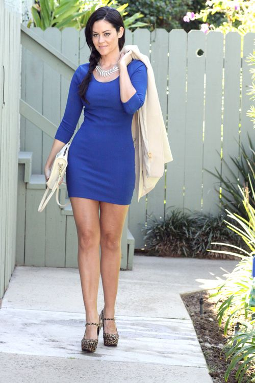 What Color Shoes To Wear With Blue Dress | Blue dress outfits .
