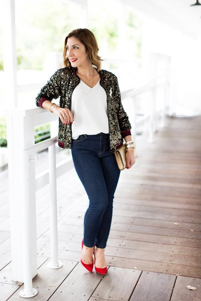 How to Wear Gold Sequin Jacket: 13 Amazing Outfit Ideas - FMag.c