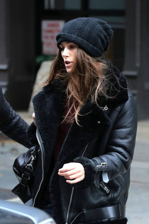 Keira Knightley Shows How To Style A Shearling Leather Jacket (Le .
