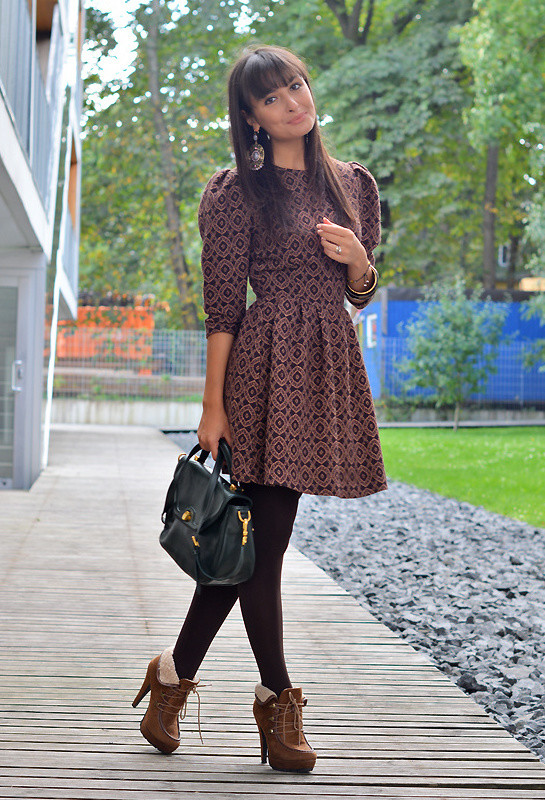 18 Street Style Outfit Ideas with Ankle Boots - fashionsy.c