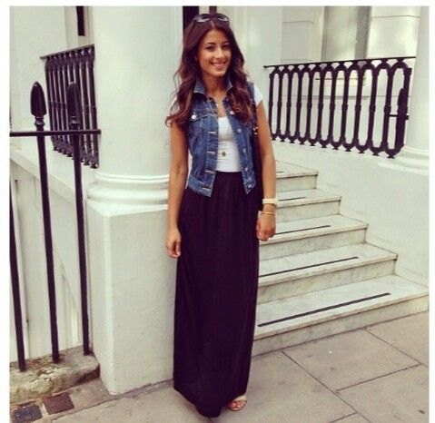 Maxi skirt with a tank top and a short sleeve jean jacket | Cute .