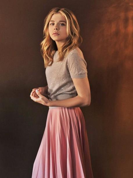 skirt, chloe grace moretz, celebrity, sweater, short sleeve .