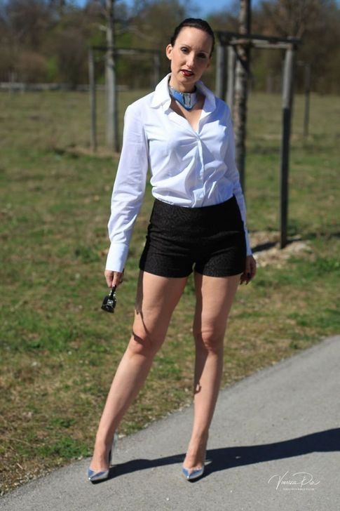 99 Classy Office Outfit Ideas With Skirt And Blouse To Try .