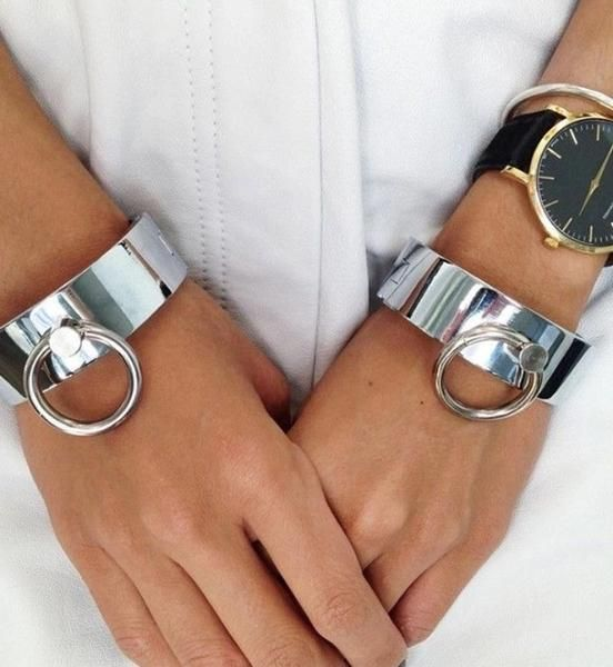 Silver Cuff Bracelet: Tips for Wearing & Outfit Ideas - FMag.c
