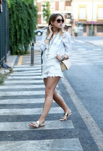 How to Wear Silver Sandals: Top 15 Shiny & Attractive Outfit Ideas .