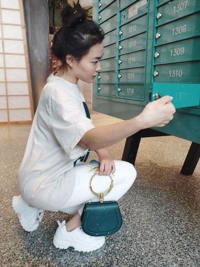 Casual outfit Idea, athleisure style, Chloe Bag, Designer Handbag .
