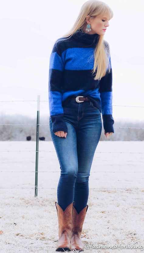 womens square to cowboy boots outfit | Cowboy boot outfits, Preppy .