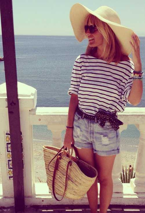 30 Great Beach Outfit Ideas and Beach Accessori