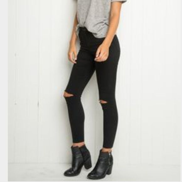Brandy Melville Jeans - Brandy Melville black skinny jeans with .