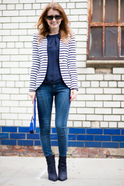 How to Wear Striped Blazer: 15 Best Outfit Ideas for Women - FMag.c
