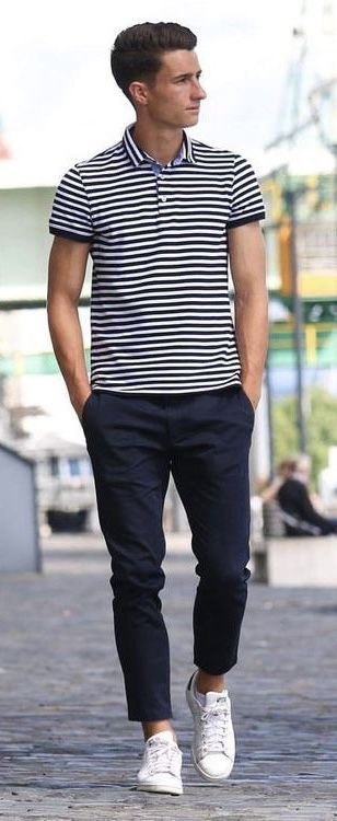 Simple outfit idea from @marco_meyerhoefer with a navy white .