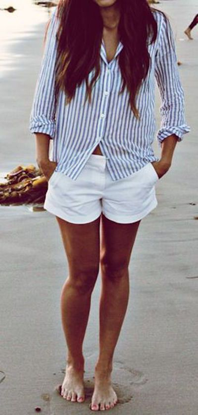 Striped button down.   Outfit, Outfit ideen, Sommer strand outf