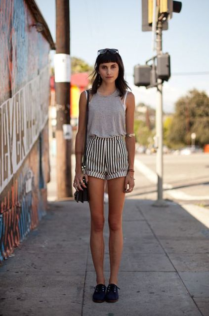 21 Cool Outfits With Striped Shorts - Styleohol