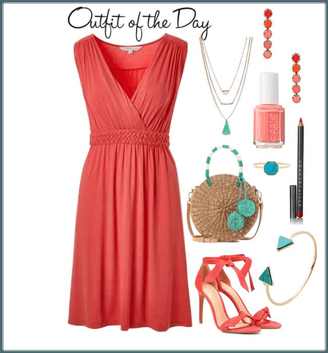 Coral Outfit #coral #pantone2019 #pantonecoloroftheyear #2019 .