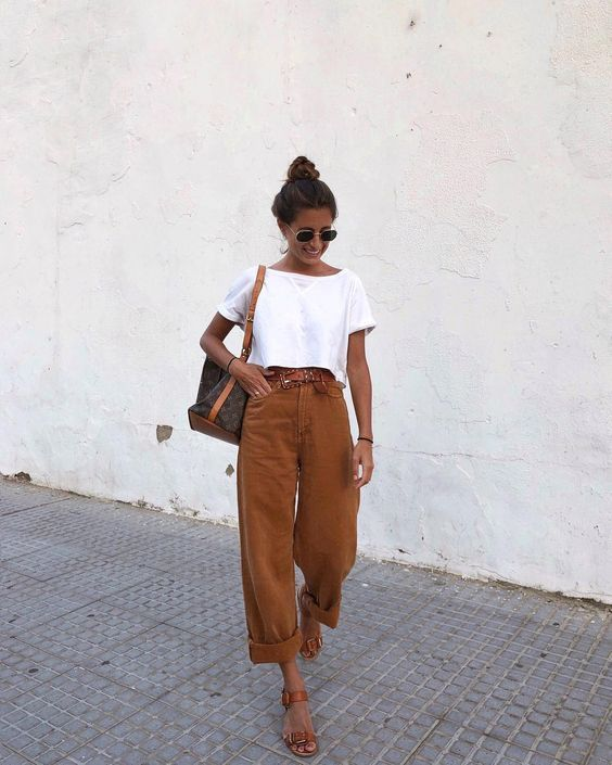 spring summer 2019 outfit ideas. women simple casual outfit .