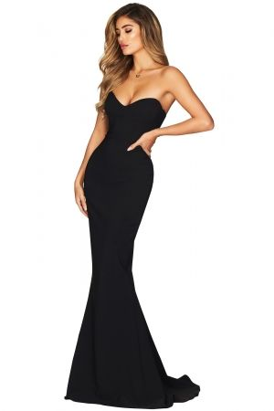 Black Strapless Sweetheart Neckline Mermaid Gown | Trendy party .