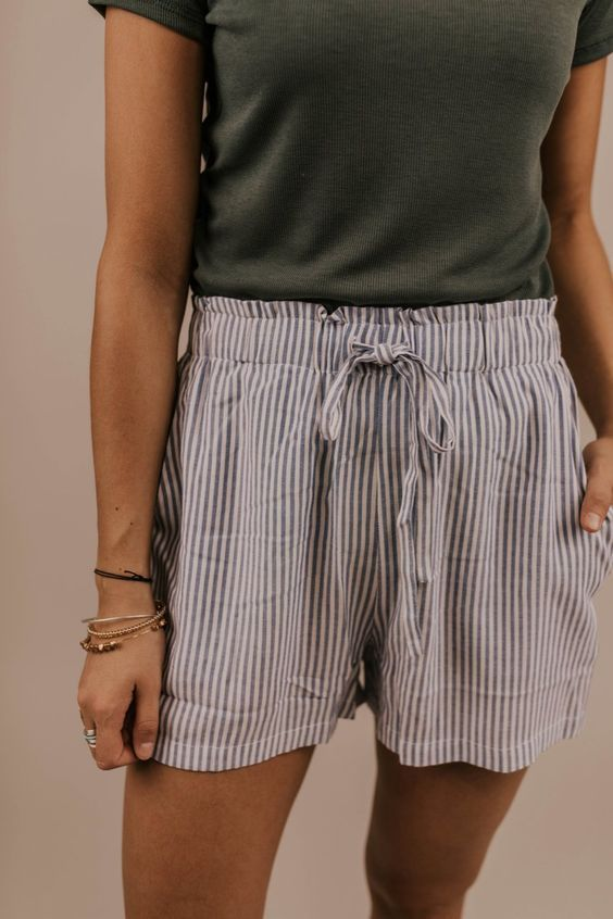 Drawstring Stripe Shorts. Vacation Beach Outfit Ideas for Women .