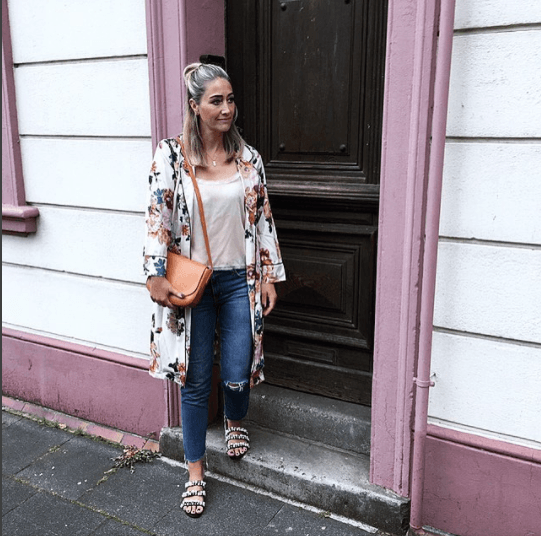 Flat Shoe Outfits-26 Ideas on How to Wear Flat Shoes in Summe
