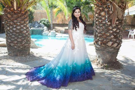 Beautiful tie dye wedding dress | Tie dye wedding dress, Dip dye .