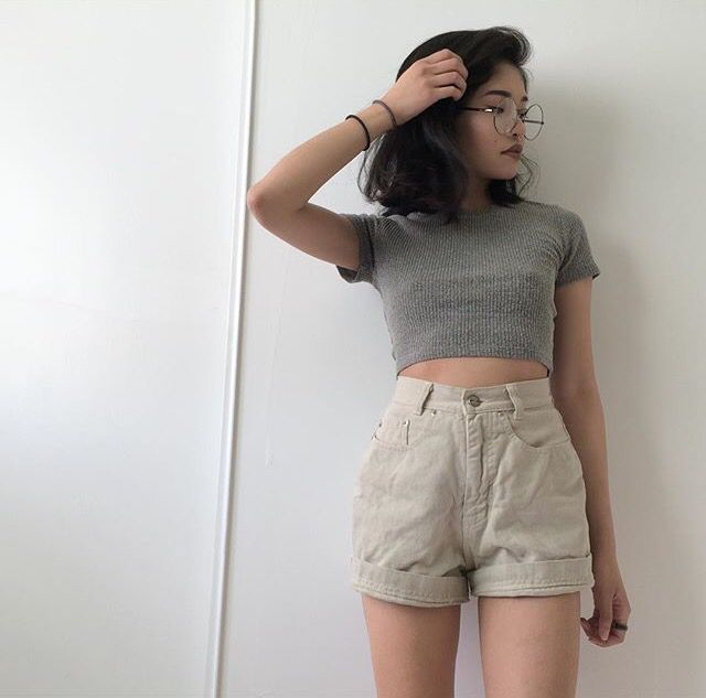 Asian fashion | High waisted short | Crop top | Short hair .