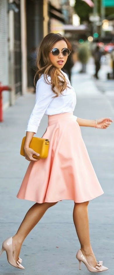 Pink Chic High Waist Skirt with White Top | Spring work outfits .
