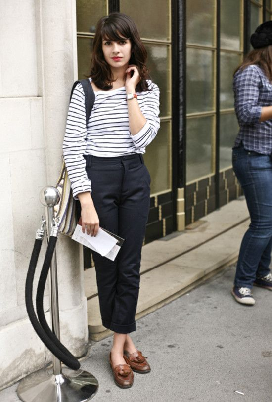 Stripey top, cropped trousers and loafers. Love the fringe and .