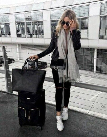 44 Classic And Casual Airport Outfit Ideas | Airport travel .