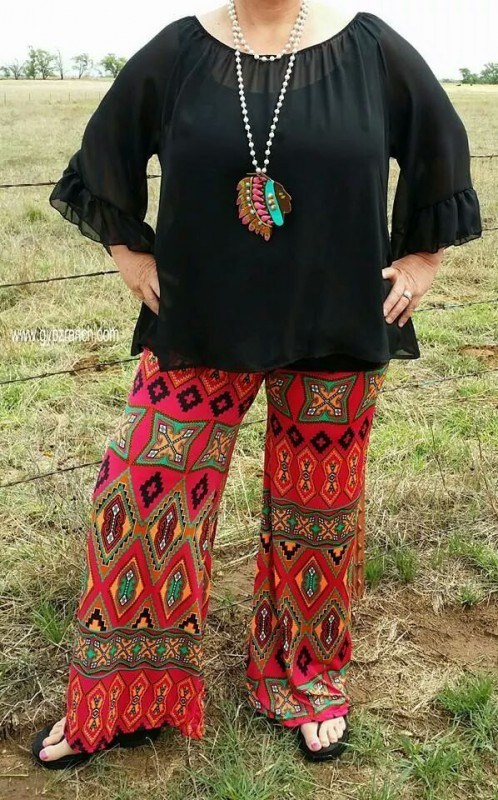 Palazzo Pants for Plus Size–24 Palazzo Outfit Ideas for Curvy Gir