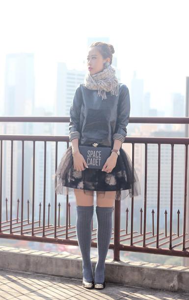 mellow mayo, blogger, tulle skirt, floral skirt, knee high socks .