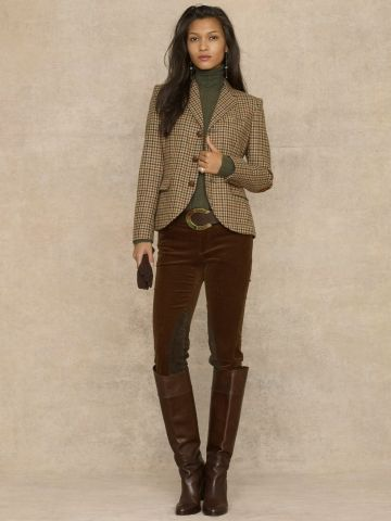 Tweed blazer + burgundy jeans + boots = outfit idea | Blazer .