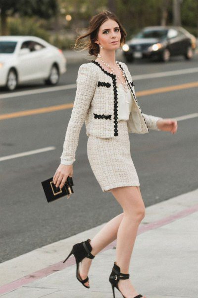 15 Best Tips on How to Wear Tweed Jacket for Women - FMag.c