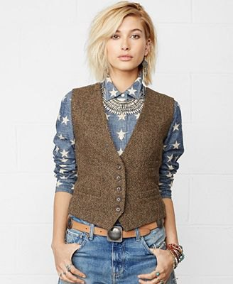 How to Wear Tweed Vest for Women: Outfit Ideas - FMag.c