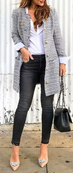 38 Best Tweed Jacket Outfits images | Tweed jacket, Outfits, Fashi