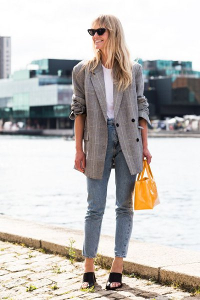 15 Stylish & Unisex Check Blazer Outfit Ideas for Women - FMag.c
