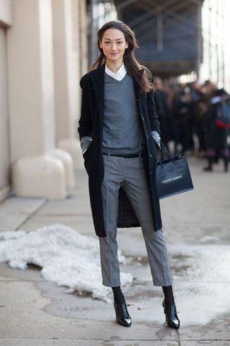 How To Wear Grey Dress Pants With a Grey V-neck Sweater For Women .