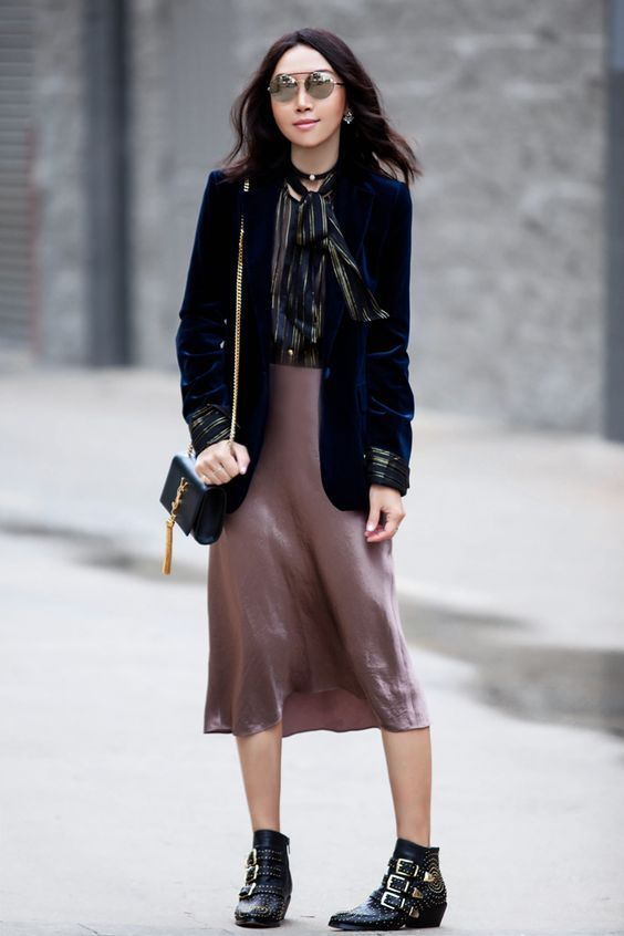 Silk Slip skirt 90s fall trends fashion style street look ideas .