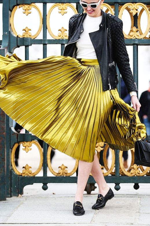 A Blogger's Crazy Cool Way To Wear A Pleated Gold Skirt (Le .