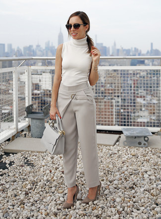How to Wear a Beige Sleeveless Turtleneck (2 looks & outfits .
