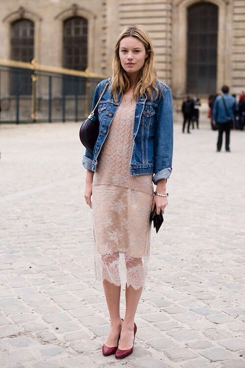 7 Tips on How to Wear a Denim Jacket - Her Style Co