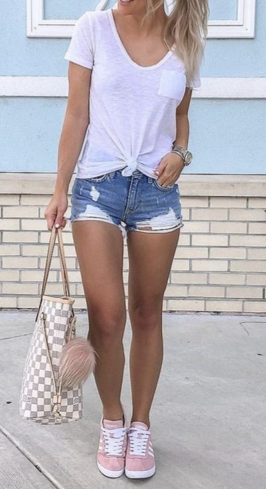 31 Cute Casual Chic Summer Outfits - Casual Chic Style Guide .
