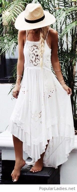 Boho white lace maxi and hat | Boho summer outfits, White maxi .