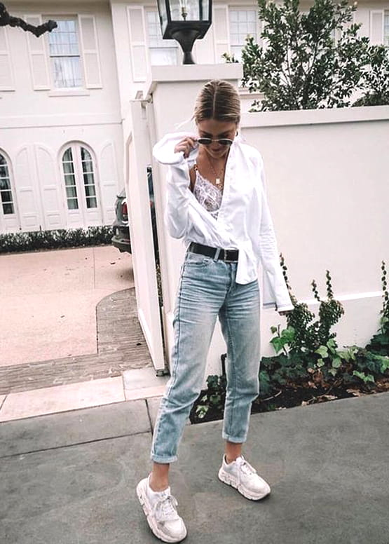 white-shirt-and-boyfriend-jean-outfit-idea | Ecemel